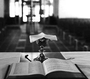 catholic-mass-02